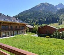 mont-blanc-alpine-estate-220x190.jpg